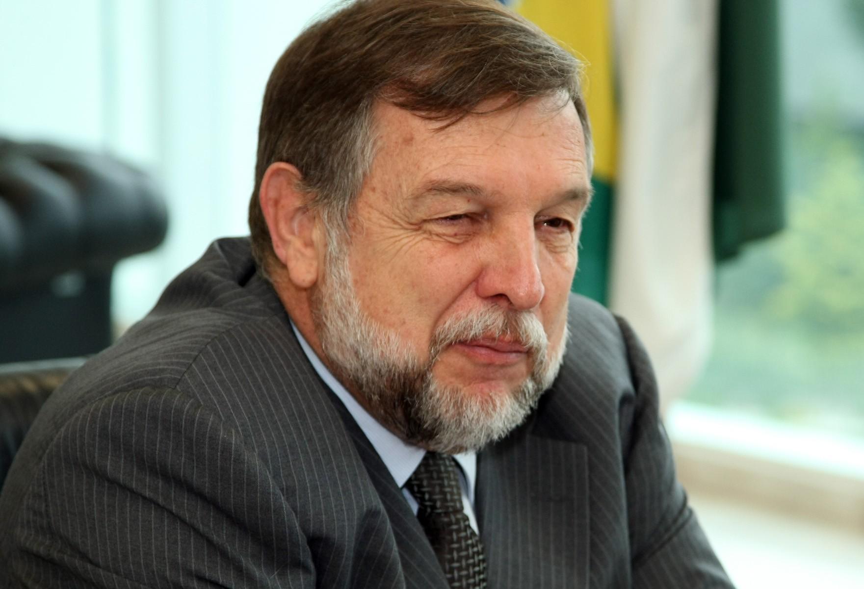 """""""Trabalharmos articulados, fortes, coesos a favor do Paraná e do Brasil, esse é o nosso grande objetivo"""""""