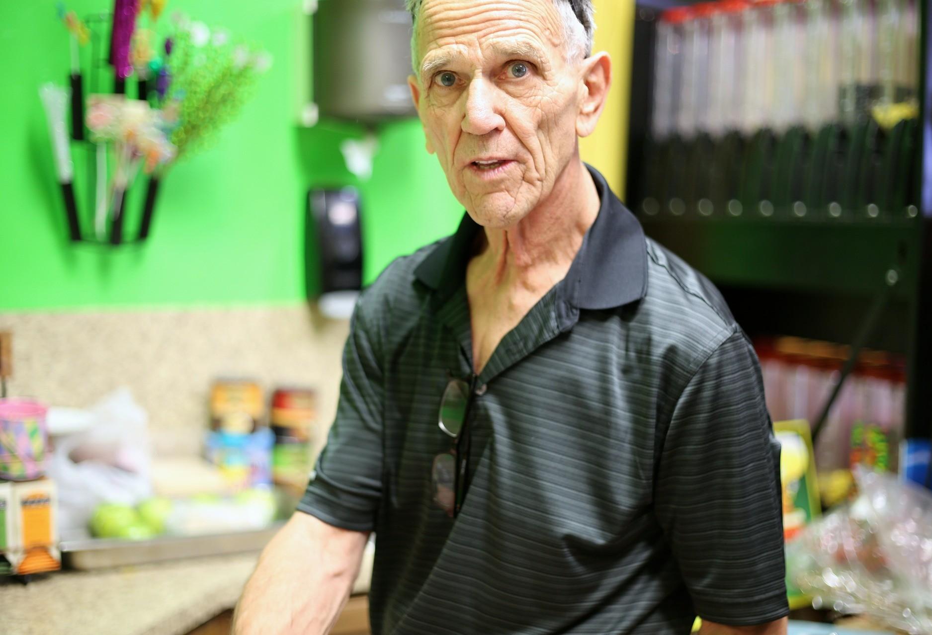 Isolamento social aumenta riscos de acidentes domésticos com idosos