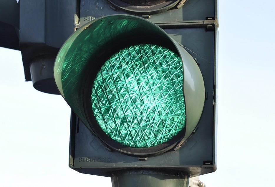 Atenção para novo semáforo