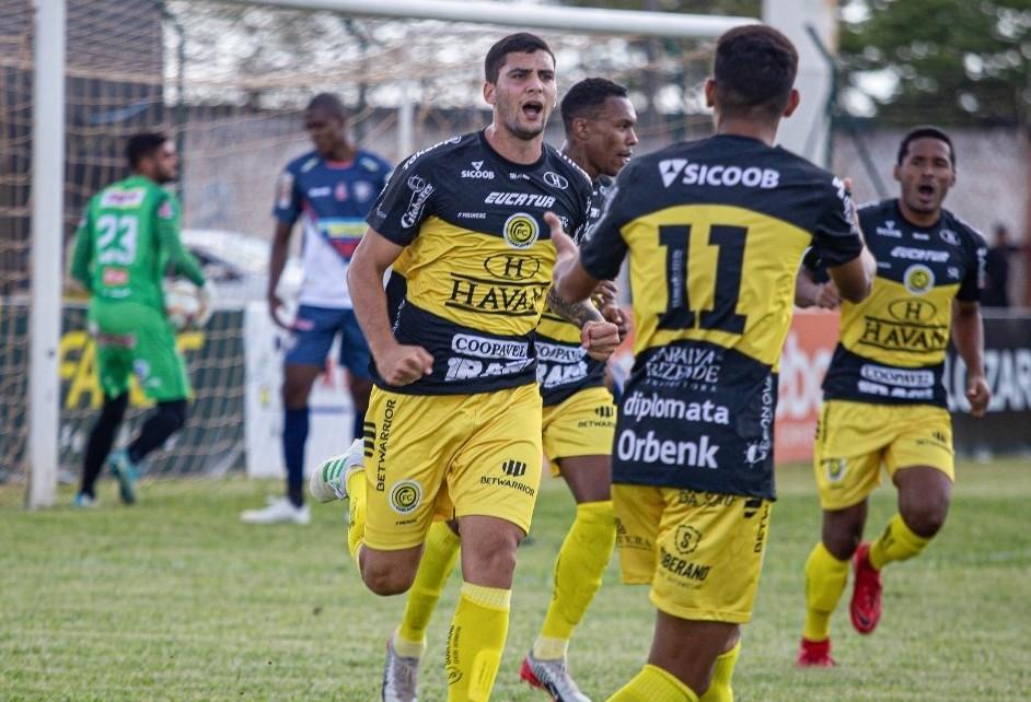 FC Cascavel enfrenta o Bangu neste sábado no Rio de Janeiro