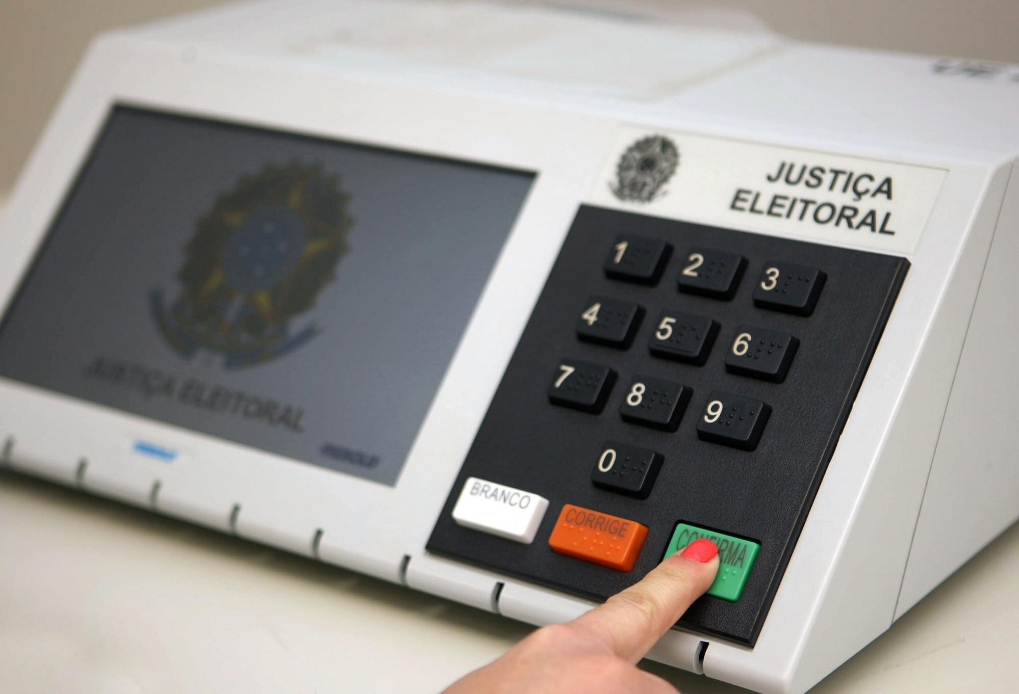 Em Cascavel, estão aptos a votar 223 mil eleitores em 77 locais e 569 urnas
