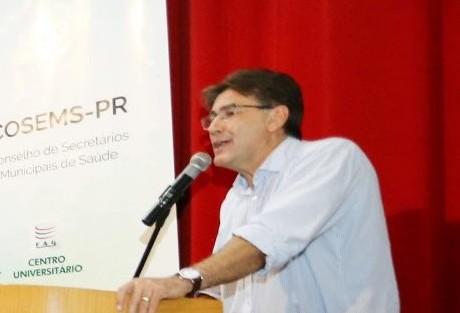 Prefeito fala sobre exoneração de servidor suspeito de abuso