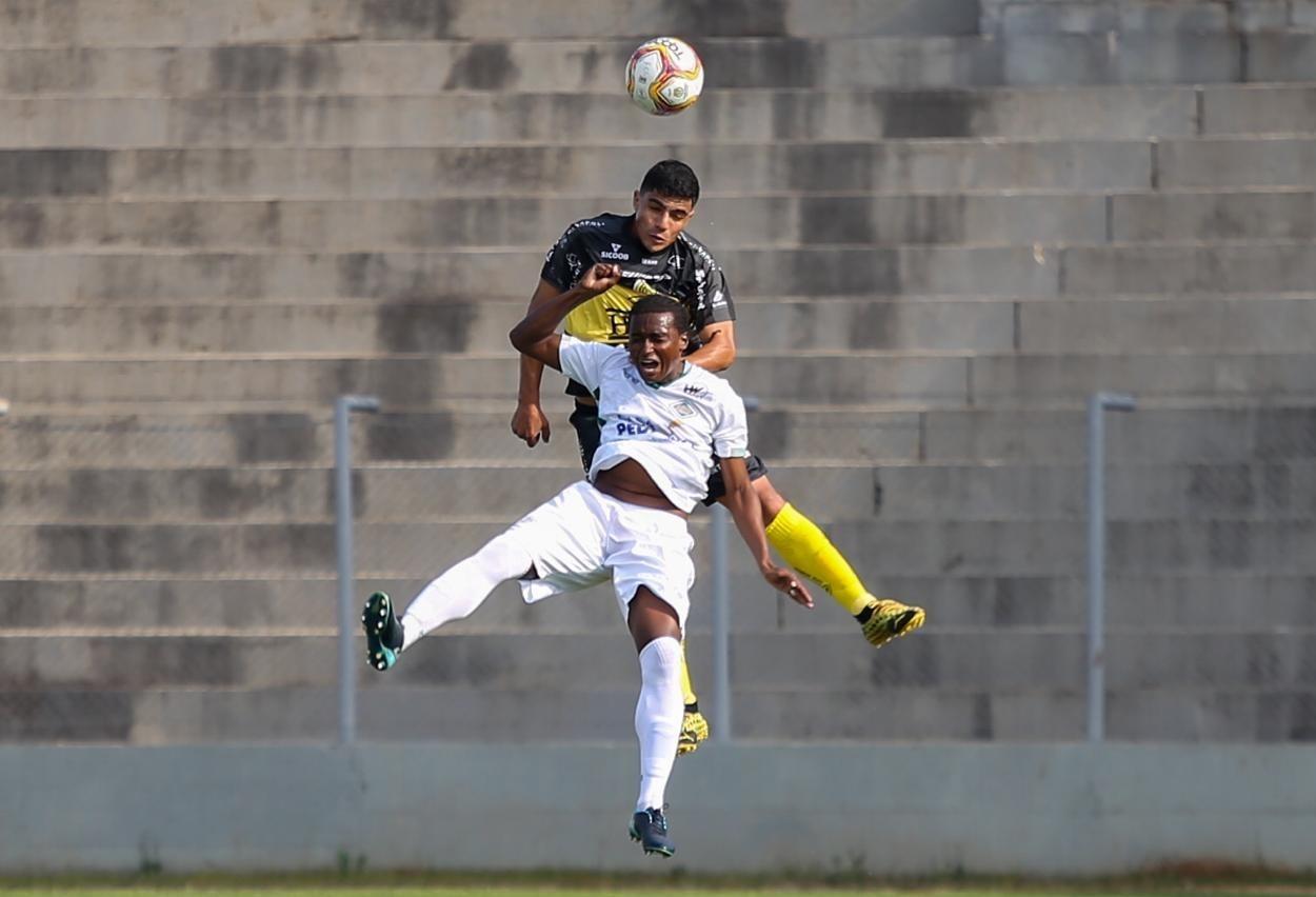 FC Cascavel deixa escapar a vitória nos acréscimos diante da Cabofriense