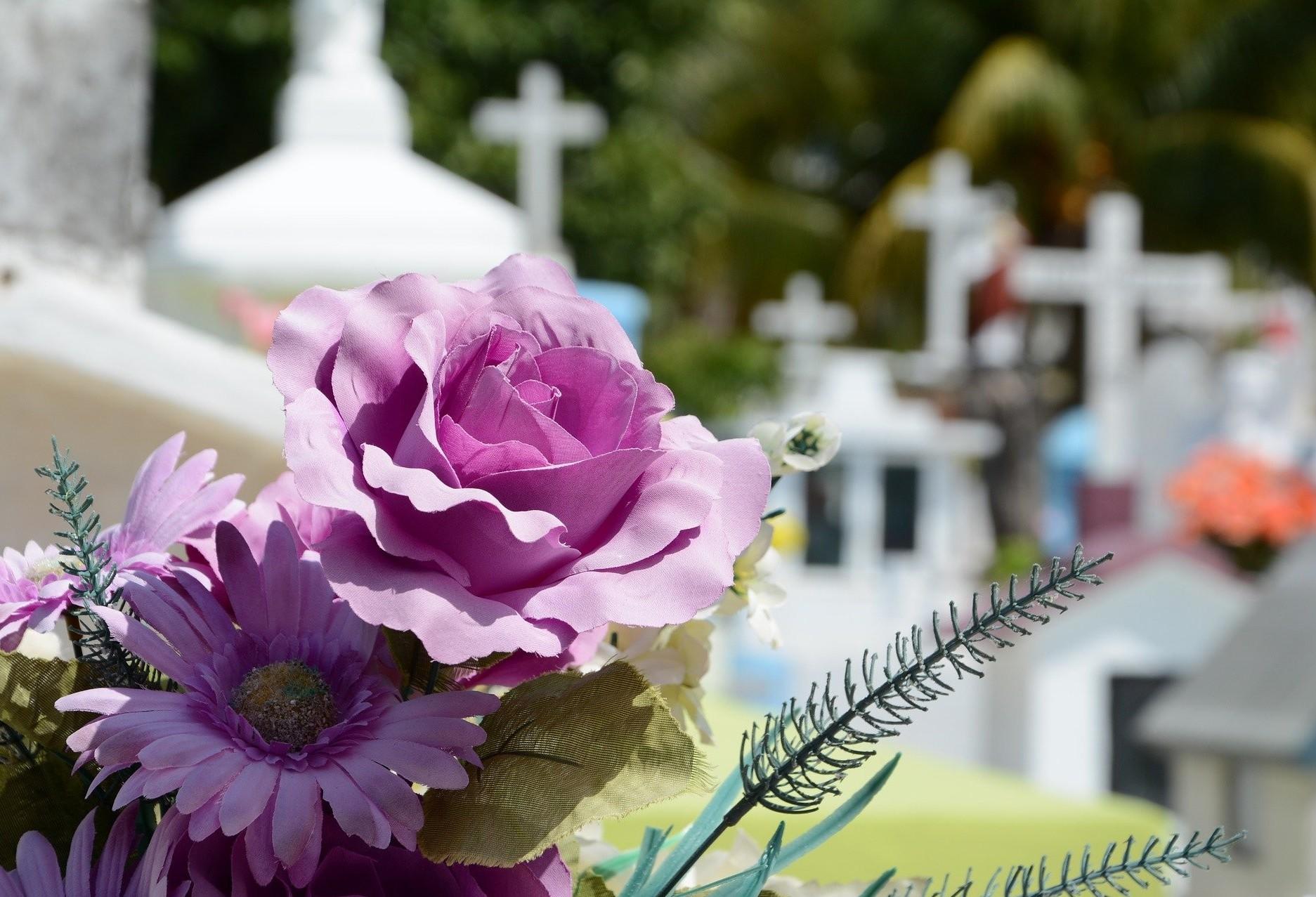 ACESC divulga programação nos cemitérios para o Dia de Finados