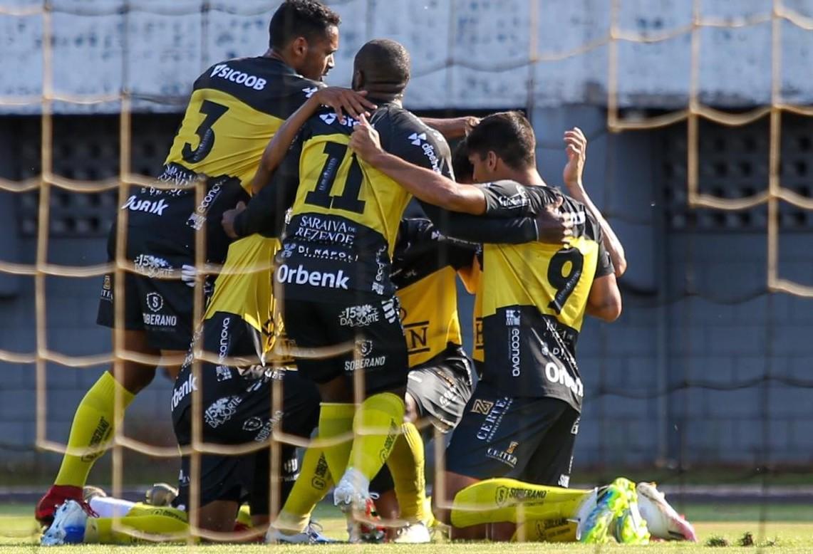 FC Cascavel vence Toledo e entra na briga pela classificação